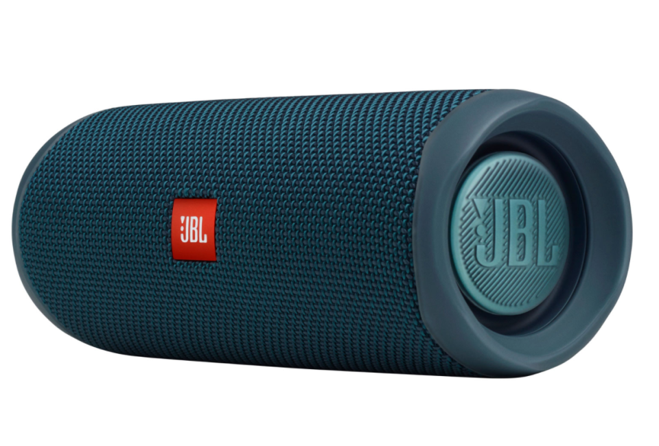 JBL Flip 5 Waterproof Wireless Speaker in Blue (Photo via Best Buy Canada)