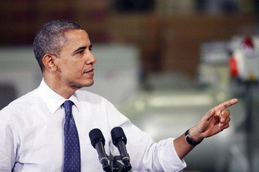 Obama urges immediate tax cut extension for middle class