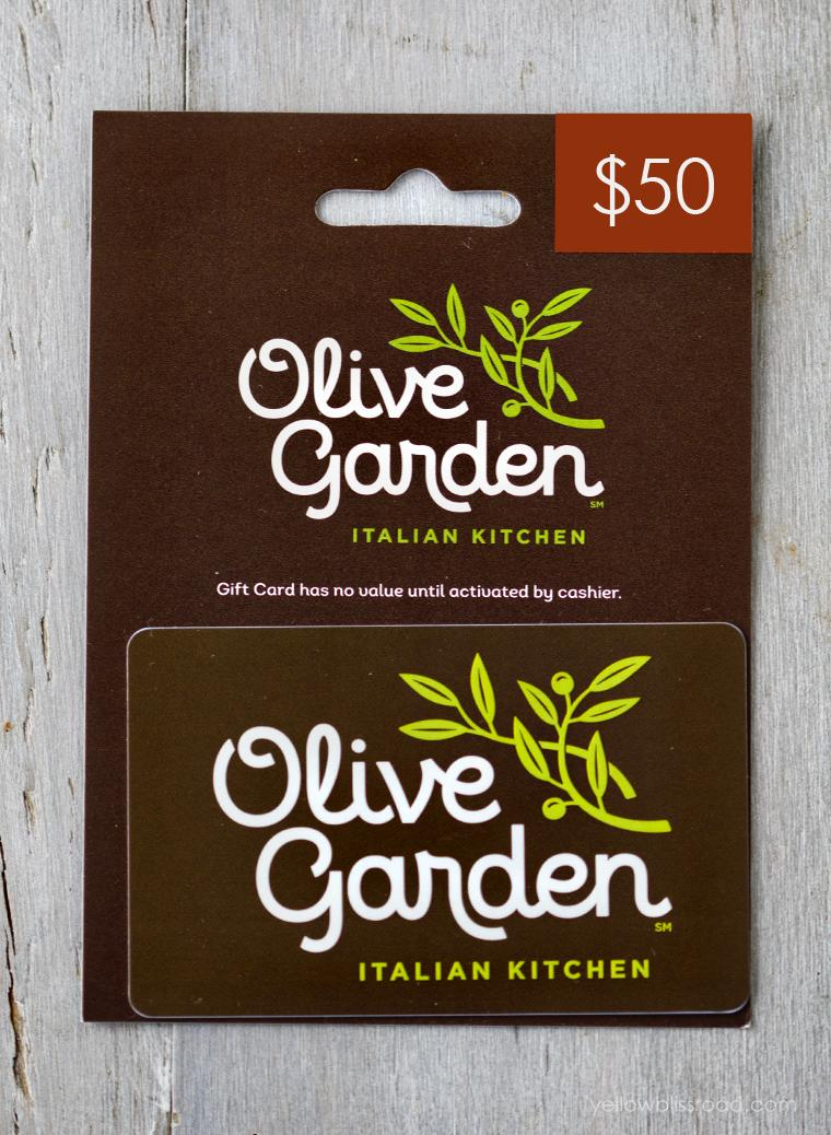 19 Secrets Olive Garden Employees Want You To Know