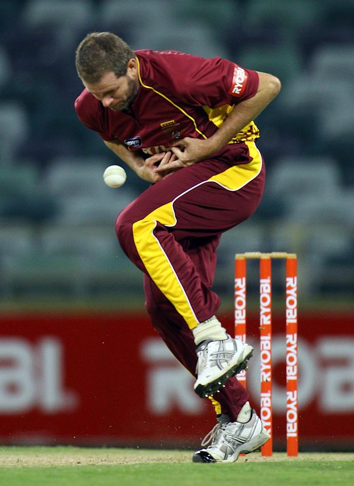 PERTH, AUSTRALIA - DECEMBER 03:  Chris Swan of the Bulls drops a catch during the Ryobi One Day Cup match between the Western Australia Warriors and the Queensland Bulls at WACA on December 3, 2010 in Perth, Australia.  (Photo by Paul Kane/Getty Images)