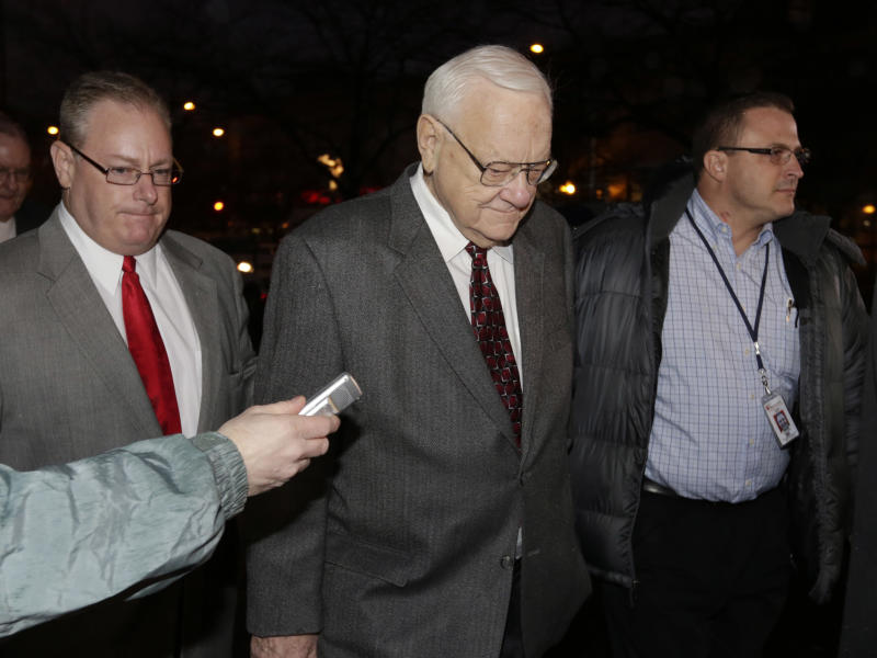 Ex-Illinois Gov. George Ryan released from prison