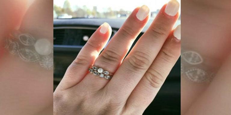 Woman Has a Great Response for Stranger Calling Her Wedding Ring
