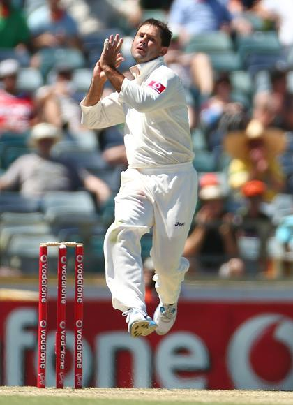 Ricky Ponting of Australia bowls during day three of the Third Test Match between Australia and South Africa at WACA on December 2, 2012 in Perth, Australia.  (Photo by Robert Cianflone/Getty Images)