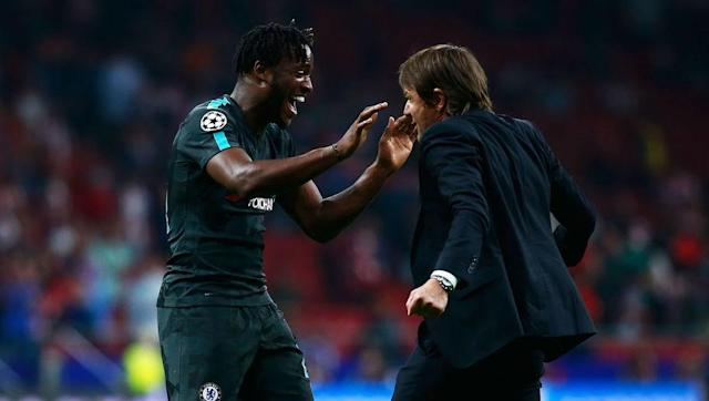 ​Premier League record goalscorer Alan Shearer has expressed concern that Chelsea manager Antonio Conte still doesn't seem to trust Michy Batshuayi.