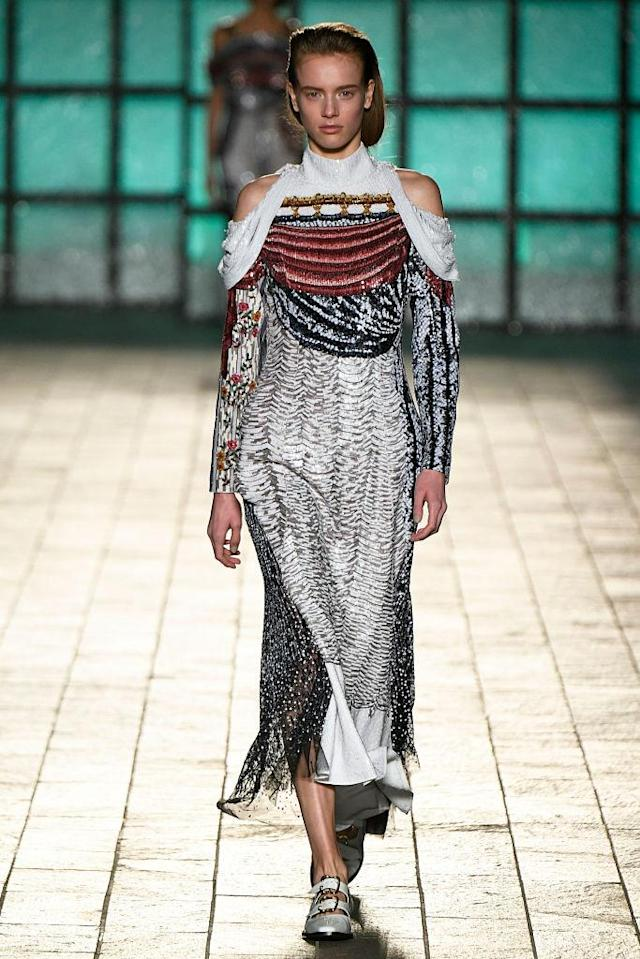 <p>A mixed-print dress at the Mary Katrantzou FW18 show. (Photo: Getty) </p>