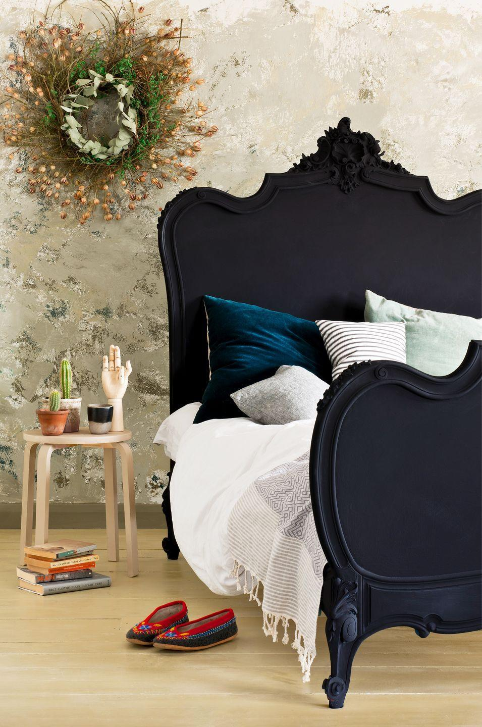 <p>This romantic bedroom is sharpened by a rich bed frame covered in Athenian Black Chalk Paint®. It asserts a softness you wouldn't be able to achieve with another finish or treatment, almost mimicking velvet. </p>