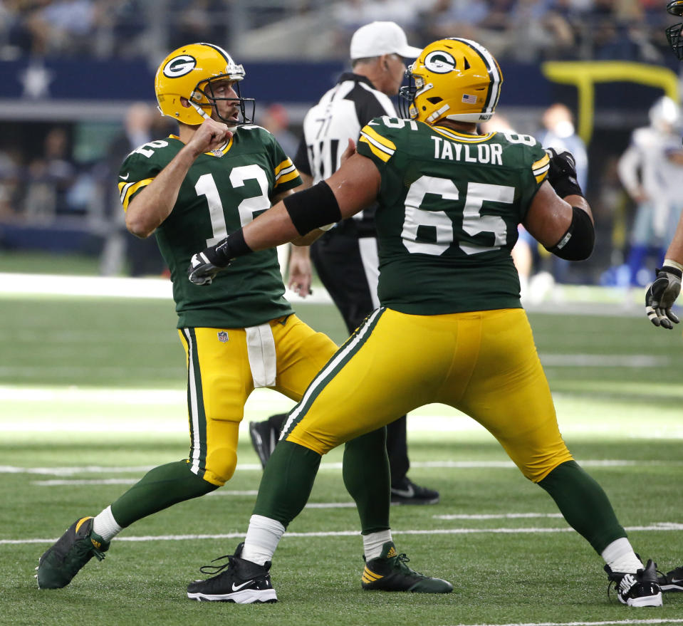 Green Bay Packers' Aaron Rodgers (12) led his team to a game-winning drive in the final seconds against Dallas. (AP)
