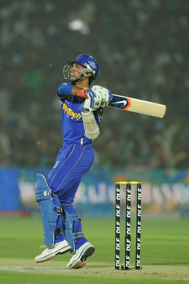 Rajasthan Royals  batsman Ajinkya Rahane plays a shot during the IPL Twenty20 cricket match between Rajashtan Royals and Delhi Daredevils at The Sawai Mansingh stadium in Jaipur on May 1, 2012.     RESTRICTED TO EDITORIAL USE. MOBILE USE WITHIN NEWS PACKAGE     AFP PHOTO/SAJJAD HUSSAIN