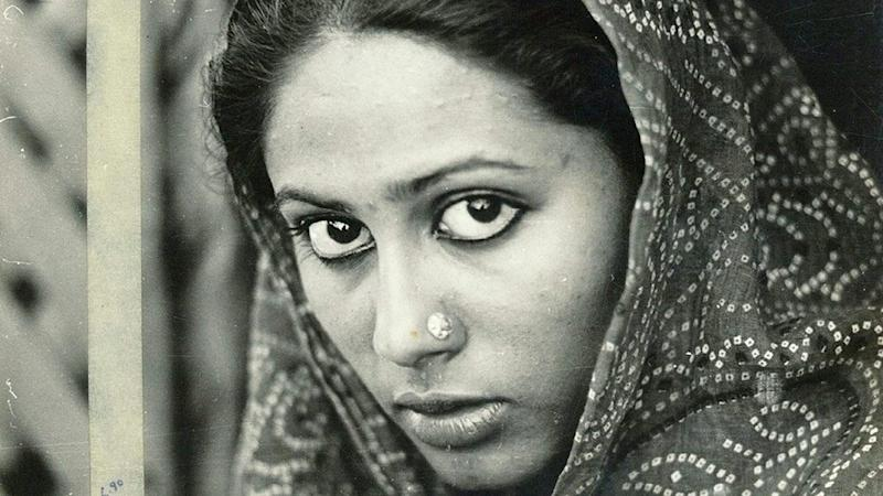 Smita Patil Birth Anniversary: From Manthan to Bhumika – 5 Pathbreaking Roles of the Late Actress That Are A Must-Watch!