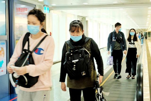 <p>Three travelers from Hong Kong were arrested in Taipei on Feb. 14 for giving false information of their residence in Taiwan and escaping mandatory quarantine after their arrival in Taiwan. (Photo for illustrative use courtesy of CNA)</p>