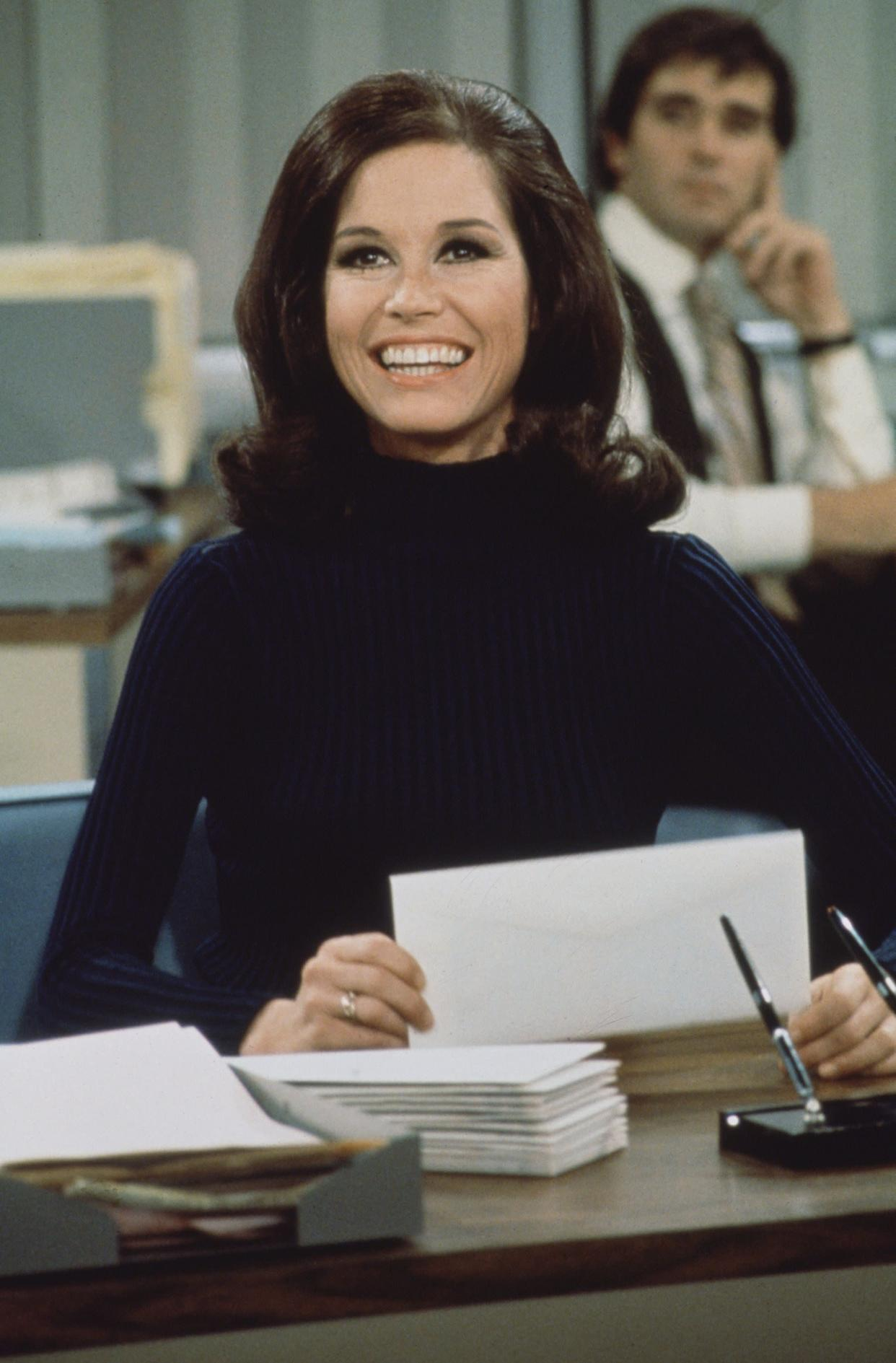 """The actress smiles in a scene from """"The Mary Tyler Moore Show"""" in 1970."""