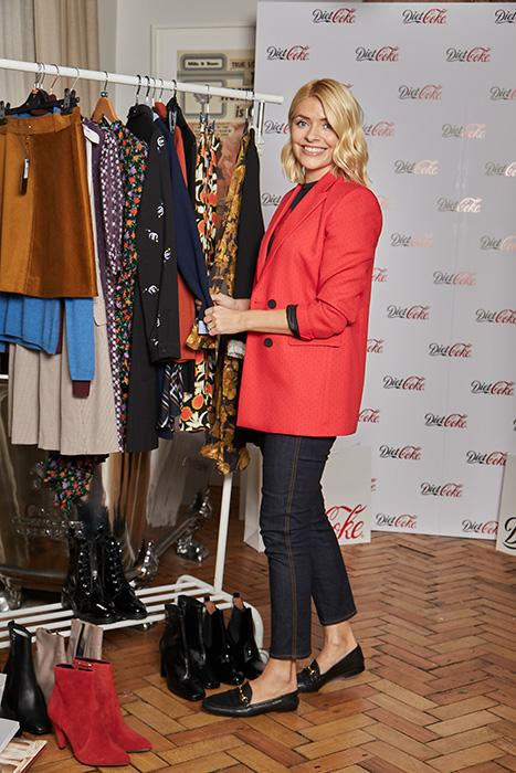 holly-willoughby-diet-coke