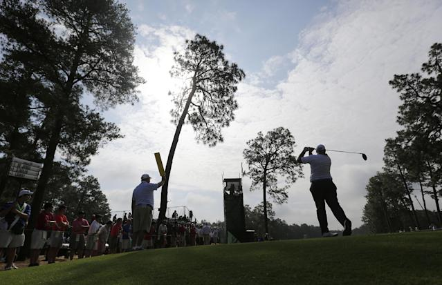 Brendon De Jonge, of Zimbabwe, watches his tee shot on the eighth hole during the second round of the U.S. Open golf tournament in Pinehurst, N.C., Friday, June 13, 2014. (AP Photo/Eric Gay)