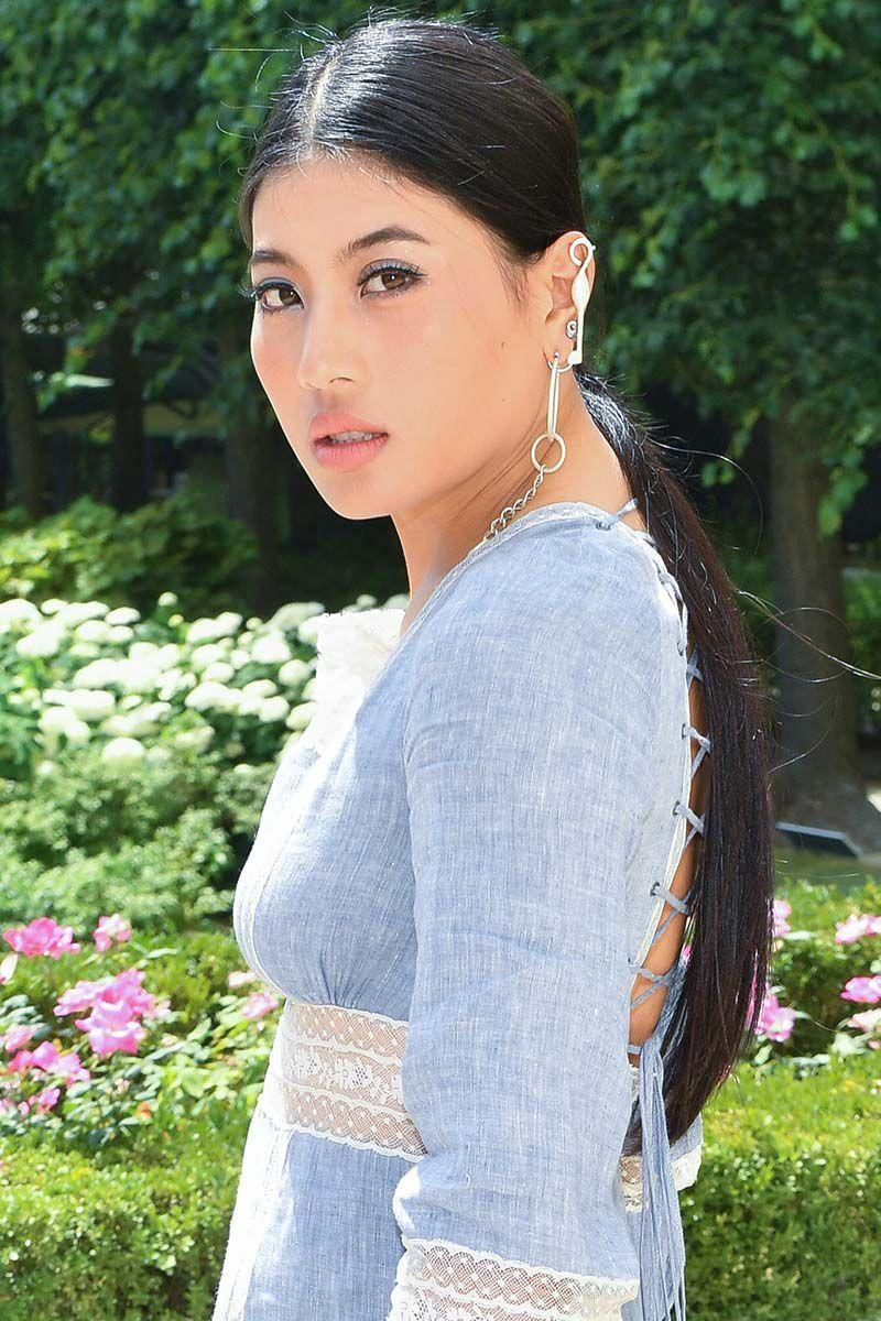 <p>Princess of Thailand Sirivannavari Nariratana attended the Christian Dior Haute Couture Fall/Winter runway show rocking a low ponytail with a middle part. </p>