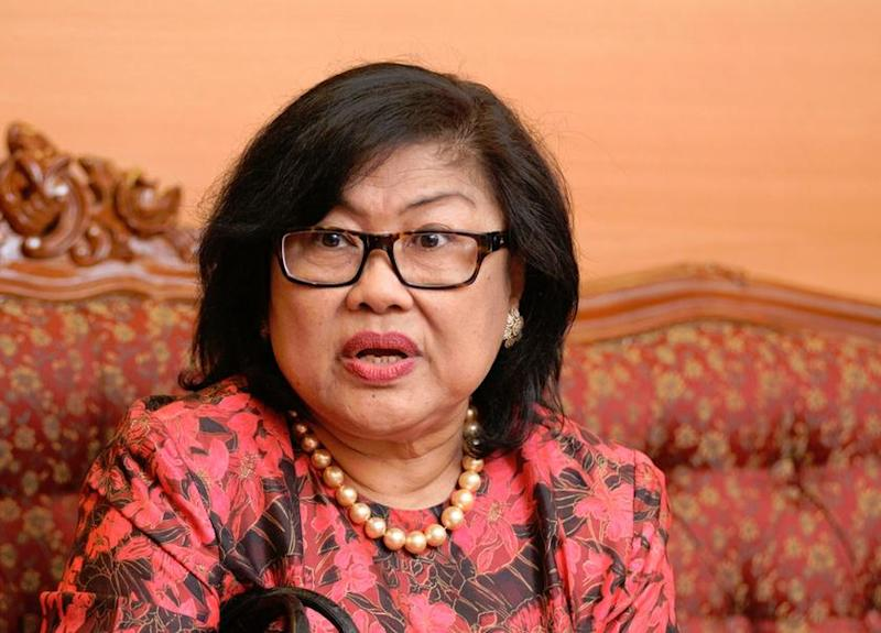 Tan Sri Rafidah Aziz told Malay Mail that the old education format can no longer cope with the demands of Industry 4.0 which requires knowledge in all areas of related services as well as production and supply chains. — Picture by KE Ooi
