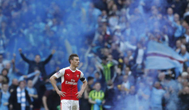 Laurent Koscielny on Arsene Wenger and How Arsenal's Defense is Adapting to New System
