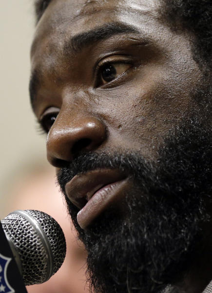 Baltimore Ravens safety Ed Reed speaks at an NFL Super Bowl XLVII football news conference on Monday, Jan. 28, 2013, in New Orleans. The Ravens face the San Francisco 49ers in Super Bowl XLVII on Sunday, Feb. 3. (AP Photo/Patrick Semansky)