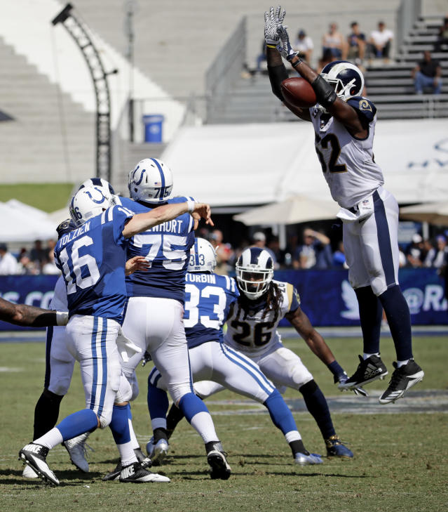 <p>Los Angeles Rams middle linebacker Alec Ogletree, right, blocks a pass by Indianapolis Colts quarterback Scott Tolzien during the second half of an NFL football game Sunday, Sept. 10, 2017, in Los Angeles. (AP Photo/Alex Gallardo) </p>
