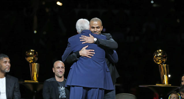 Gregg Popovich et Tony Parker (photo Ronald Cortes/Getty Images/AFP)