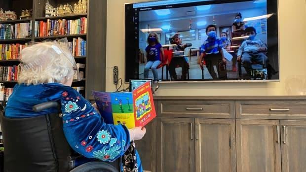 Lee Eisler, a retired Grade 1 teacher, would visit the daycare children in her building before the pandemic began. Now, she still reads to them virtually.