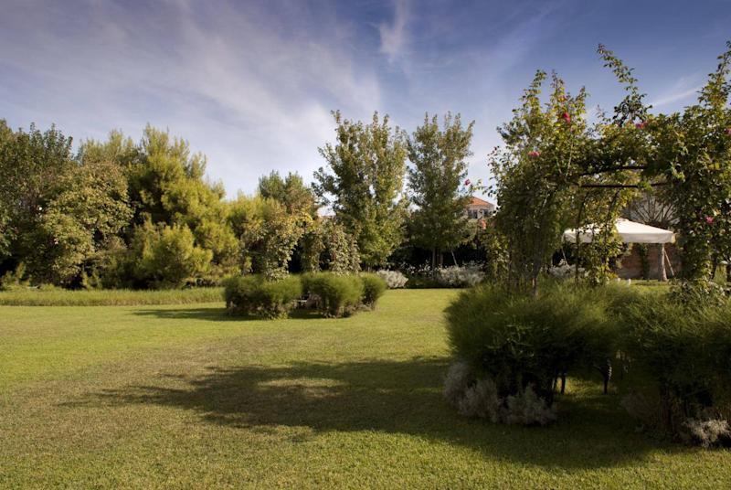 Its wild, meadow-style gardens make the Bauer Palladio unlike any other Venice hotel (Bauer Hotels)