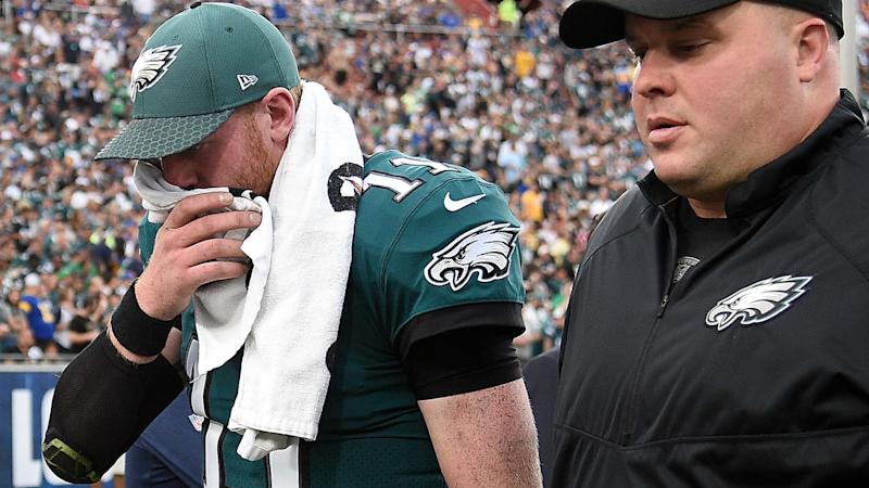 Carson Wentz Injury Update Qb Out For Season With Torn Acl Eagles Turn To Nick Foles