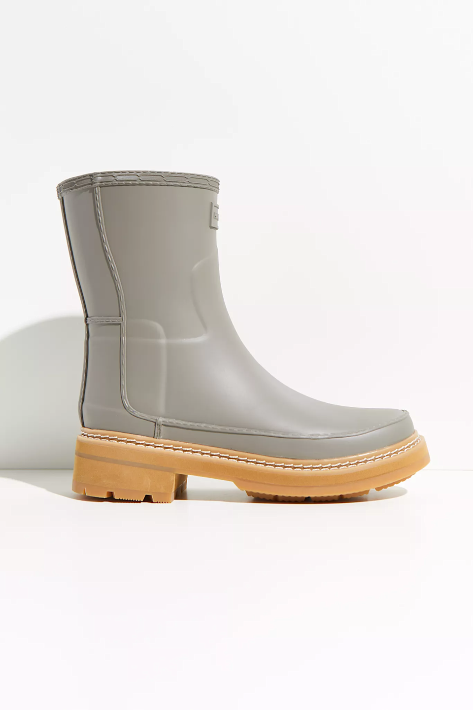 "<br><br><strong>Hunter</strong> Refined Stitch Short Wellies, $, available at <a href=""https://go.skimresources.com/?id=30283X879131&url=https%3A%2F%2Fwww.freepeople.com%2Fshop%2Fhunter-refined-stitch-short-wellies%2F%3Fcategory%3Dweather-boots%26color%3D004%26type%3DREGULAR%26quantity%3D1"" rel=""nofollow noopener"" target=""_blank"" data-ylk=""slk:Free People"" class=""link rapid-noclick-resp"">Free People</a>"