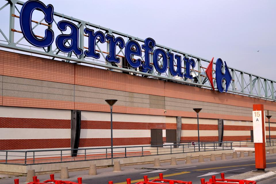 MARSEILLE, FRANCE - 2020/11/16: Carrefour hypermarket logo seen in Marseille. Carrefour France has placed 82% of its workforce on short-time work because of reduced activity due to Covid-19. 78,000 employees are affected by this measure. (Photo by Gerard Bottino/SOPA Images/LightRocket via Getty Images)