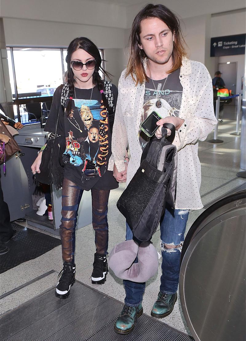 Frances Bean Cobain Is Officially Single but Is Fighting Ex for Guitar Belonging to Father Kurt