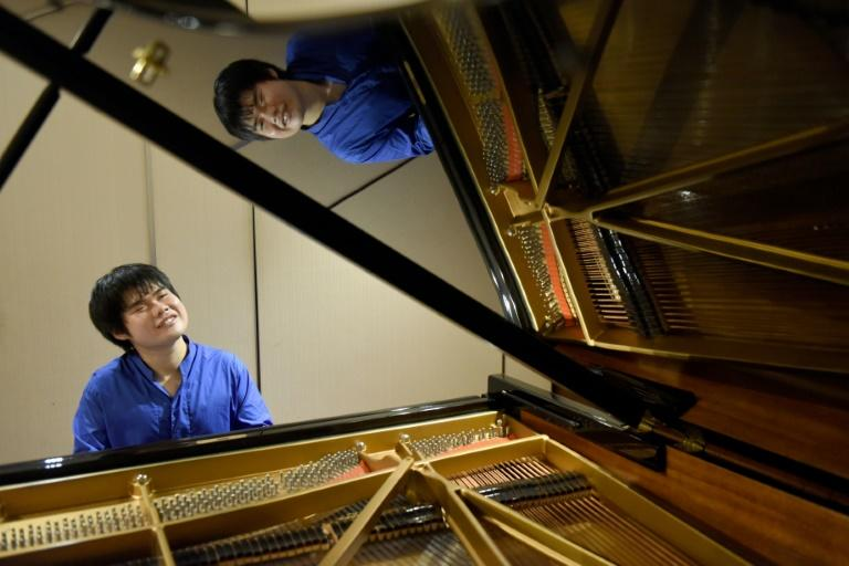 Japanese blind pianist Nobuyuki Tsujii puts his global success down to a wide range of experiences outside music -- and listening to how the conductor breathes