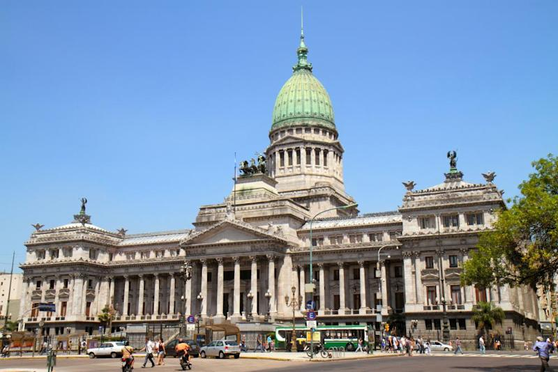 Palace of National Congress on Avenida Rivadavia.