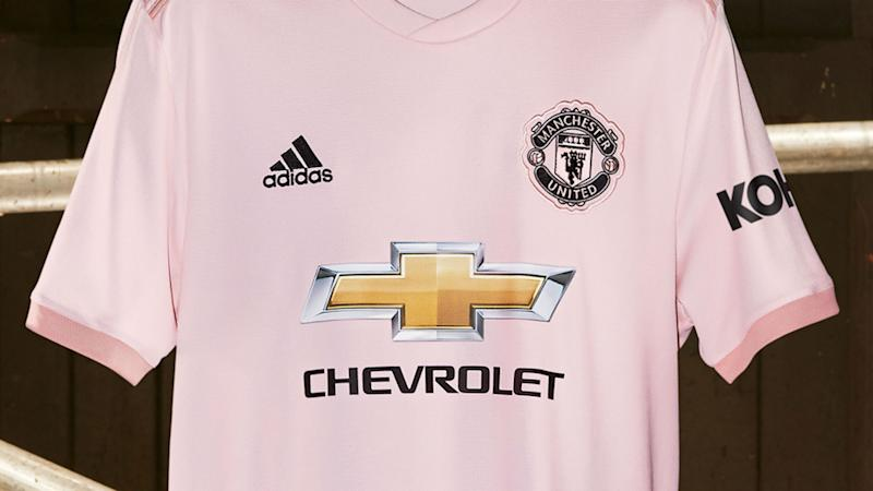 quality design 80a41 54ecd Pretty in pink! Man Utd unveil new away kit amid Premier ...