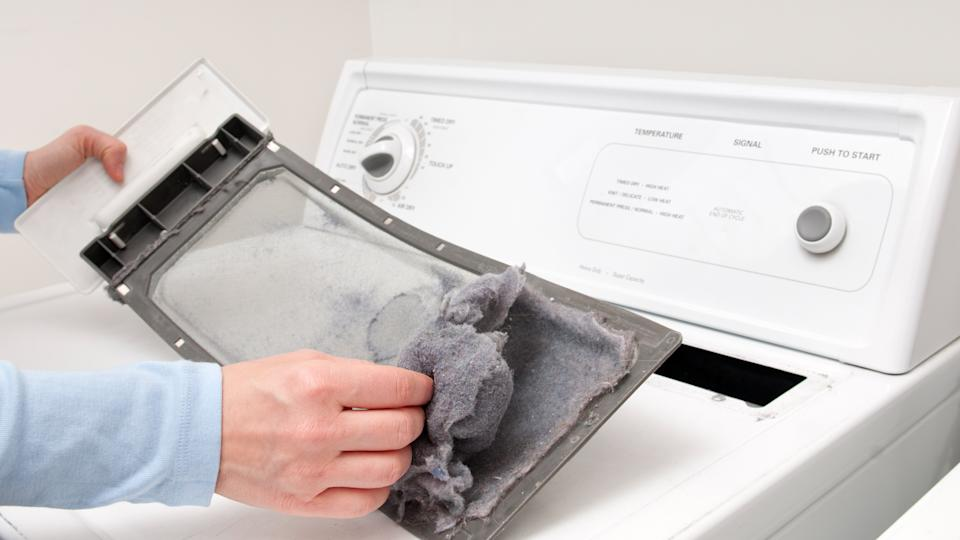 Cleaning the clothes dryer lint trap
