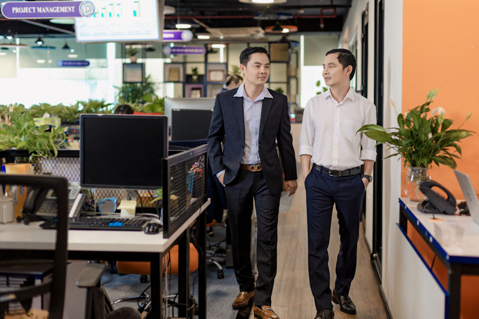 MFast founders Phan Thanh Long and Phan Thanh Vinh