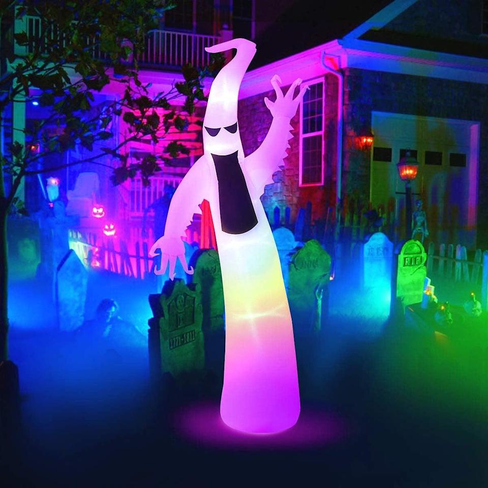 <p>This <span>Maoyue 6ft Halloween Inflatable Ghost</span> ($38) is so fun.</p>