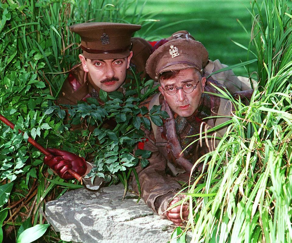 As Captain Blackadder Rowan Atkinson and Right: TONY ROBINSON As Private Baldrick British Actors Stars of the BBC TV series 'Blackadder' Stars of the BBC TV series 'Blackadder',   19.09.1989. (Photo by Photoshot/Getty Images)
