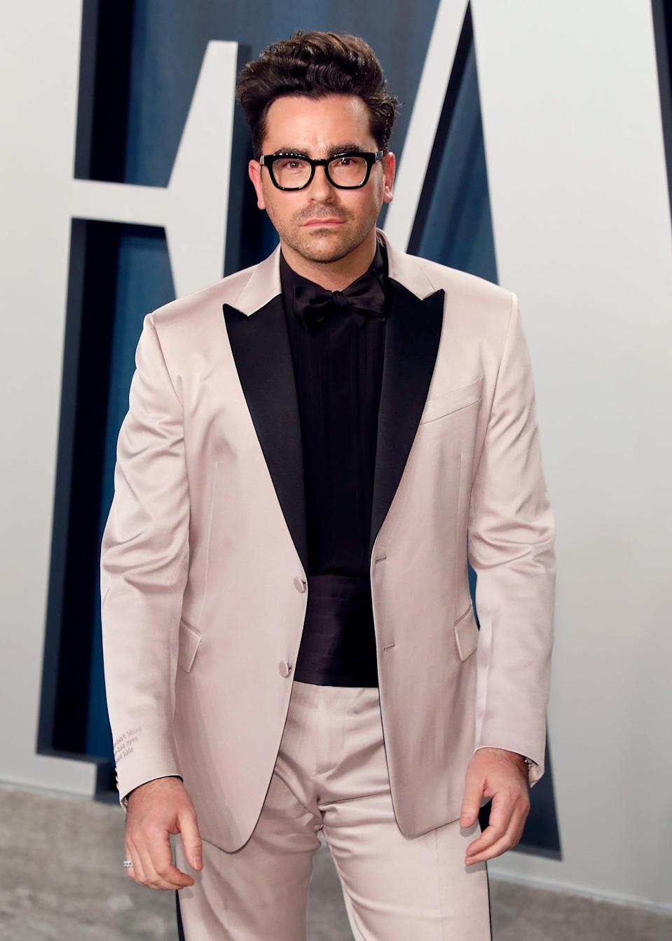 BEVERLY HILLS, CALIFORNIA - FEBRUARY 09:  Dan Levy attends the 2020 Vanity Fair Oscar Party at Wallis Annenberg Center for the Performing Arts on February 09, 2020 in Beverly Hills, California. (Photo by Taylor Hill/FilmMagic,)
