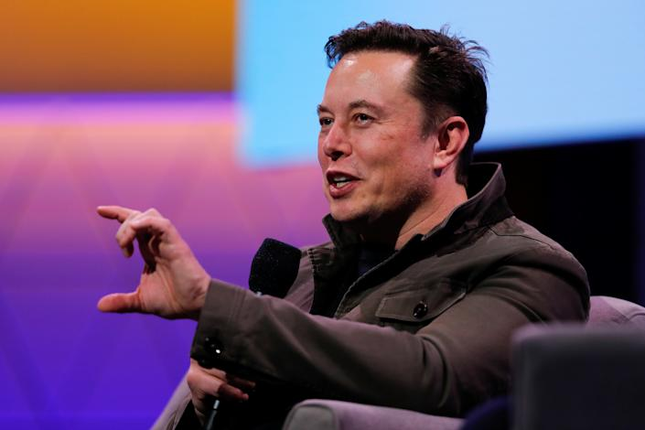 SpaceX owner and Tesla CEO Elon Musk gestures during a conversation at the E3 gaming convention in Los Angeles, California, U.S., June 13, 2019. (Photo: REUTERS/Mike Blake)