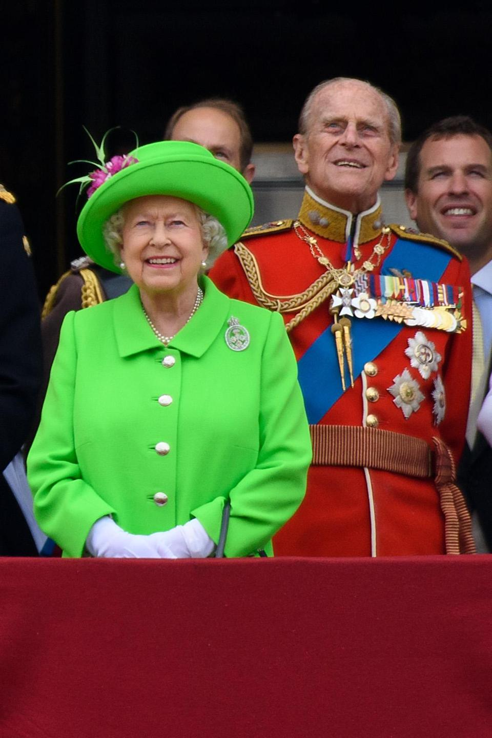 The Queen's 2017 look caused quite a stir on social media, as the hashtag #neonat90 soon began trending. (Getty Images)