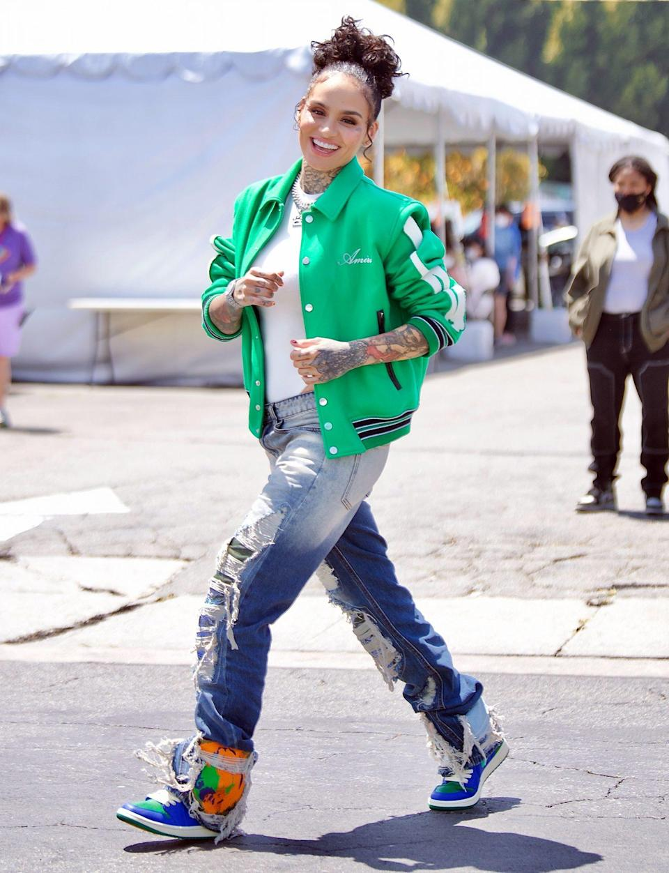 <p>Kehlani is in great spirits as she's seen on the set of a mystery project in Hollywood on Thursday.</p>