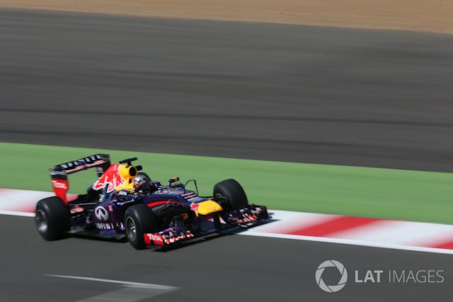 """2013: Red Bull Racing RB9 (Test) <span class=""""copyright"""">Andrew Hone / Motorsport Images</span>"""