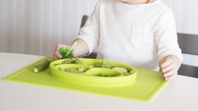 This mat suctions to the table to prevent mealtime messes.