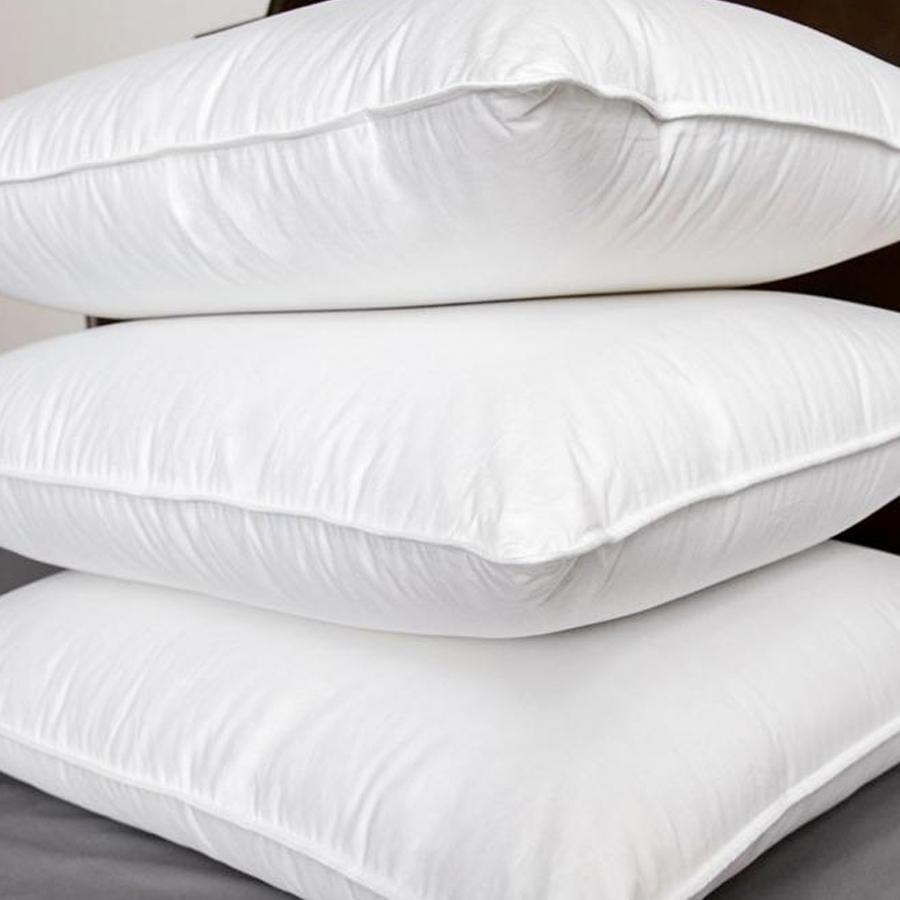"""<h2>Brooklinen Down Pillow</h2><br><strong>The Hype:</strong> 4.5 out of 5 stars and 1,939 reviews on <a href=""""https://www.brooklinen.com/collections/pillows/products/down-pillow"""" rel=""""nofollow noopener"""" target=""""_blank"""" data-ylk=""""slk:Brooklinen"""" class=""""link rapid-noclick-resp"""">Brooklinen</a> <br><br><strong>Side Sleepers Say:</strong> """"Ordering was super easy and with free standard shipping it was delivered in 2 days. I chose the firm pillow. My sleep position is somewhere in the middle of my stomach and side, arm up under my head. I sleep with the pillow slightly diagonal with my head more on a corner. I have been using this pillow for a month and if it has lost any firmness, it was not enough to notice. I love that it is perfect fluffed up to sit up in bed to read, and then conforms for sleeping."""" — <em>Christine H., Brooklinen reviewer</em><br><br><strong><em>Deal:</em></strong><em> Free hand towels and 10% off orders over $100<br></em><br><em>Shop <strong><a href=""""https://www.brooklinen.com/collections/pillows"""" rel=""""nofollow noopener"""" target=""""_blank"""" data-ylk=""""slk:Brooklinen"""" class=""""link rapid-noclick-resp"""">Brooklinen</a></strong></em> <br><br><strong>Brooklinen</strong> Down Pillow, $, available at <a href=""""https://go.skimresources.com/?id=30283X879131&url=https%3A%2F%2Fwww.brooklinen.com%2Fcollections%2Fpillows%2Fproducts%2Fdown-pillow"""" rel=""""nofollow noopener"""" target=""""_blank"""" data-ylk=""""slk:Brooklinen"""" class=""""link rapid-noclick-resp"""">Brooklinen</a>"""