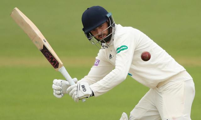 Hampshire's England batsman James Vince made a quick-fire 75 against Worcestershire.