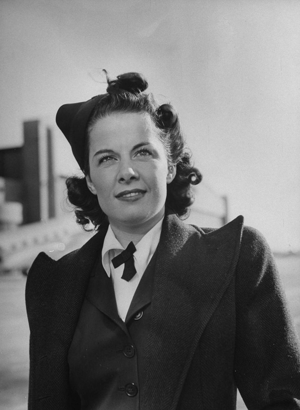 <p>Joan Waltermire, an instructor at the American Airlines Stewardess College in 1941. </p>