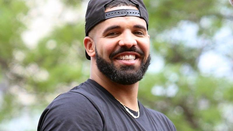 Drake Jokingly Responds After Being Booed Offstage During Surprise Camp Flog Gnaw Performance