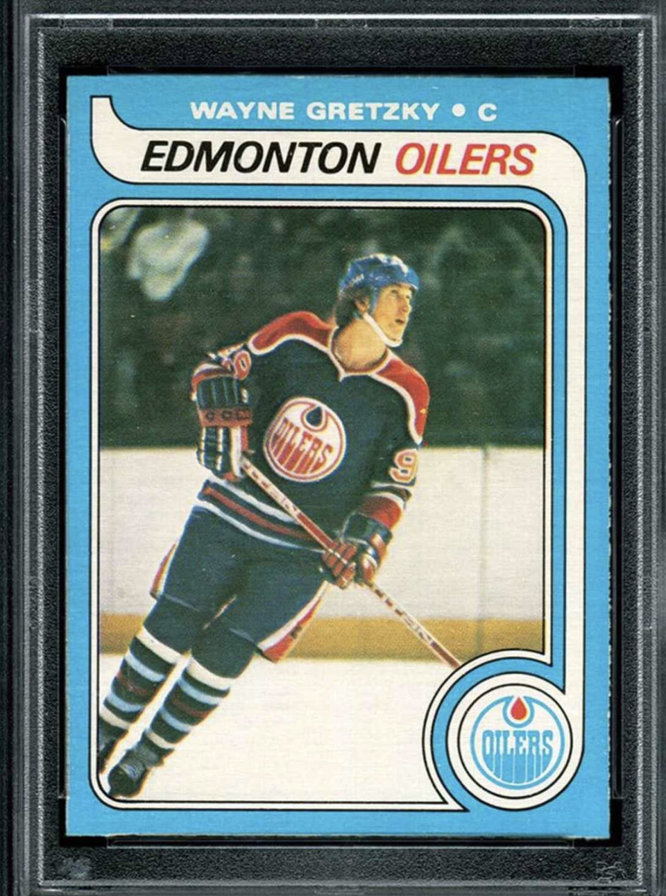 This Wayne Gretzky rookie card just sold for a record amount.