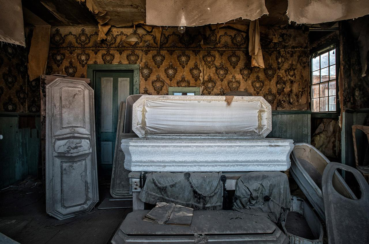 <p>It still features the abodes of the miners who inhabited it more than 100 years ago. (Photo: Matthew Christopher — Abandoned America/Caters News) </p>