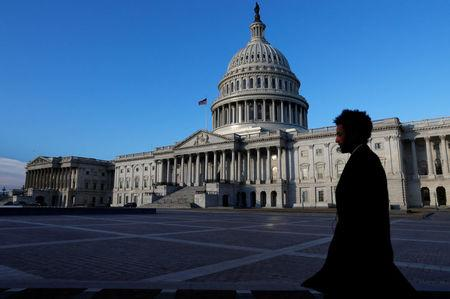 After brief government shutdown, parties agree to spending bill