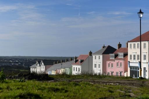 Prince's vision spurs new Cornwall coastal village
